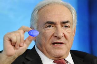 Spermafoltokat találtak a magyar IMF csomagon