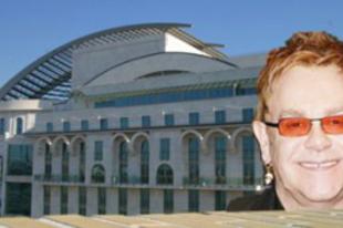 Elton John lesz a Nemzeti új igazgatója