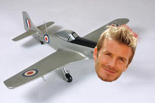 Beckham alsónadrágmodellből lesz repülőgépmodell