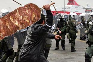 Gyroszosok menthetik meg Görögországot