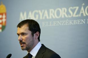 Ellenzéki pártot alapít a Fidesz