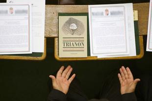 Kitiltották a Magyar Közlönyt is a Parlamentből