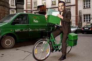 400 postásnak adott munkát Orbán Viktor