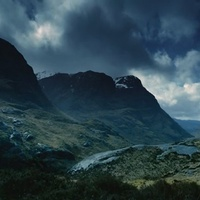 Outlander 1x01 - Sassenach