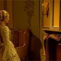 Doctor Who (Ki vagy, Doki?) NS02E04 – The Girl in the Fireplace – Parókás intrikák