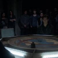 A visszatérők 1x12-13 - We are grounders (évadzáró)