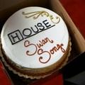 Extra House-hogyvolt: Hattyúdal (Swan Song)