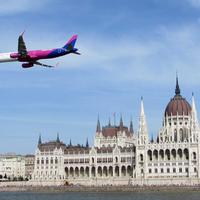 Nagy Futam légi bemutató a Duna fölött