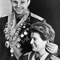 Gagarin, Tyereskova és a fülcsipkedés