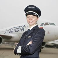 Egy kapitánynő kétszeres történelmet írt az Air Serbia-nál