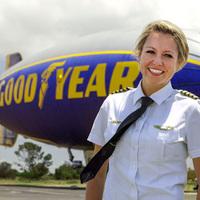 Taylor kapitány repüli az új Goodyear léghajót is