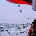 """Téli hőlégballonozás a """"tündérkémények"""" felett"""