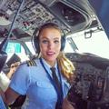 Svéd pilótalány és a jóga
