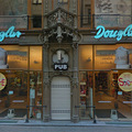 Megvan az újabb turistaszomorító hely a Váci utcában