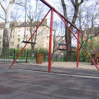 A zuglói önkormányzat a gyerekek ellen dolgozik -