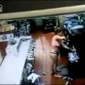 Nem drogozott a McDonaldsban pusztító tangás nő (18+)