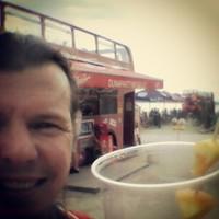Ha a Szigetfesztiváltól hazáig futsz, és legalább Érden laksz, akkor félúton egy Duna-parti buszpresszóban jár egy olyan hideg limonádé, hogy agyfagyásod legyen. #futás #hosszutav #limonádé