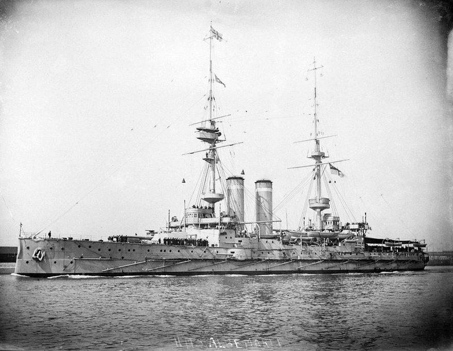 Az Albemarle csatahajó.
