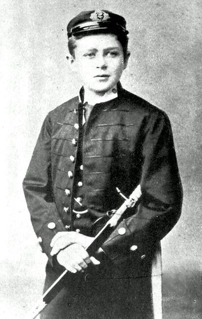 Scott, a Royal Navy 13 éves újonca.