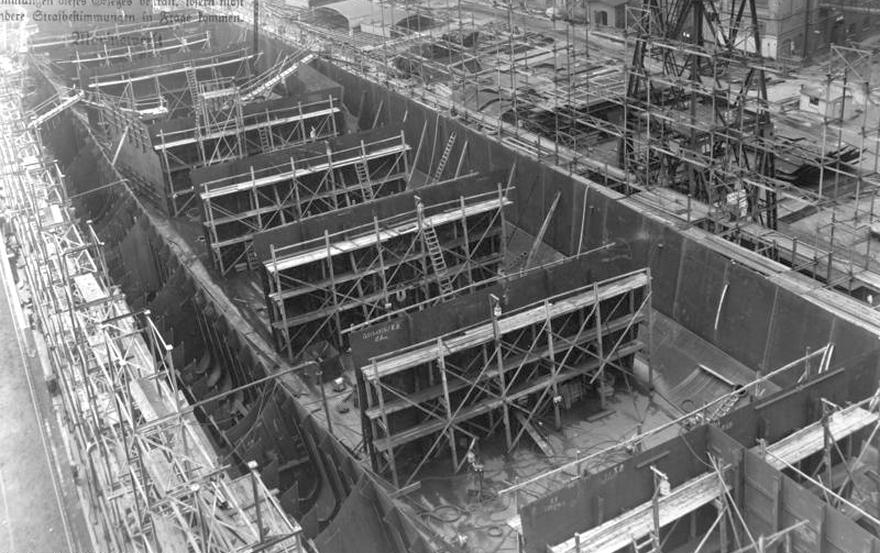 A Graf Zeppelin, az építés kezdeti fázisában.