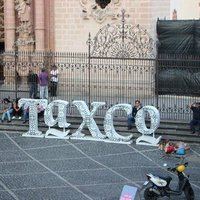 Taxco - reggelizés, bogarazás a Krisztus szoborhoz, majd séta és ezüst, ezüst és ezüst