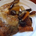 Csirkecombok zöldségekkel Pataki-tálban