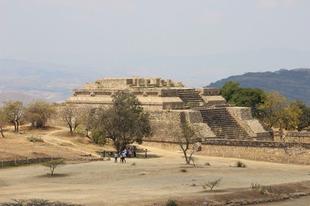 Monte Albán, Oaxaca, három esküvő és sok-sok finomság