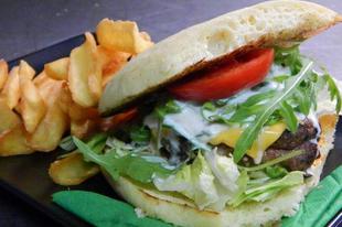 Egy kiváló hely, kiváló burgerekkel és kézműves sörökkel - mindez Szegeden