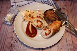 Göngyölt csirkemell, pácolt tarja, juhtúrós, snidlinges gomba - mindezek grillen elkészítve