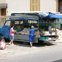 Mozgóboltok Olaszországban és Máltán