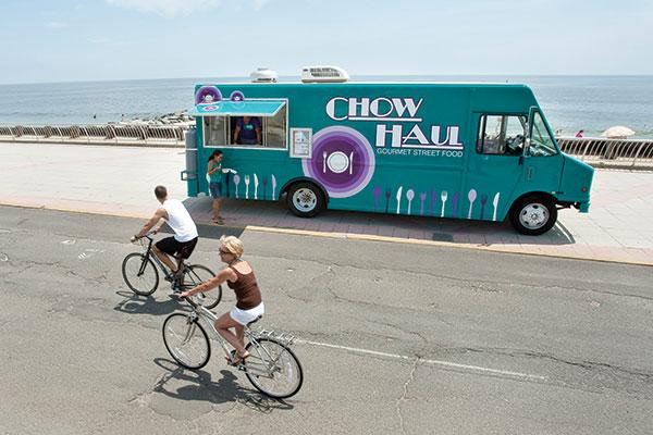 chow_haul_gourmet_street_food.jpg