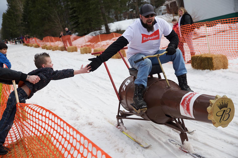 barstool-ski-racing-18.jpg