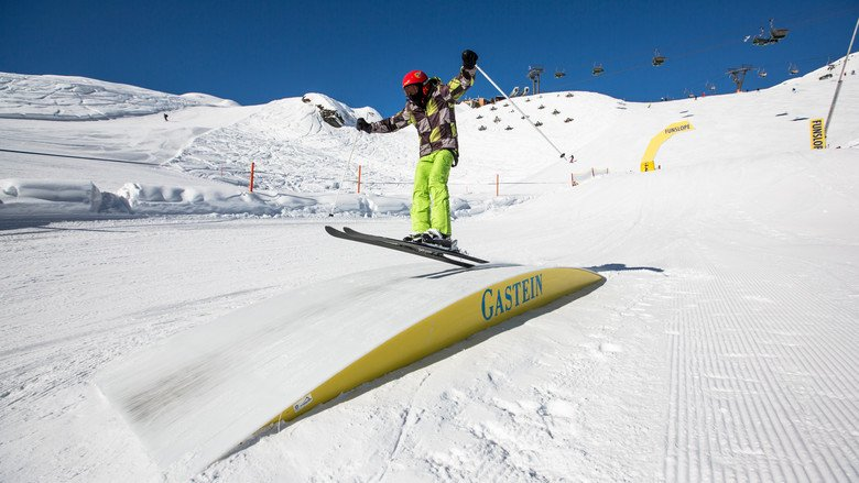 gastein_24-02-2014_action_fs_unknown_rider_roland_haschka_qparks_01.jpeg