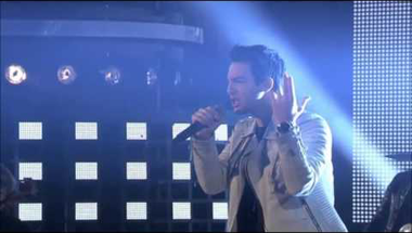 Darin - Microphone (Idol 2014 Grand Finale Opening Performance)