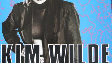 Kim Wilde - You Keep Me Hangin' On     ♪