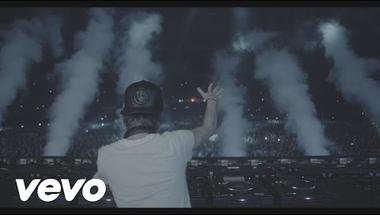 Avicii ft. Adam Lambert - Lay Me Down