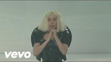 Lady Gaga - Applause (koncert)