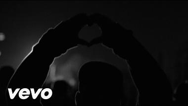 Swedish House Mafia ft. John Martin - Don't You Worry Child     ♪