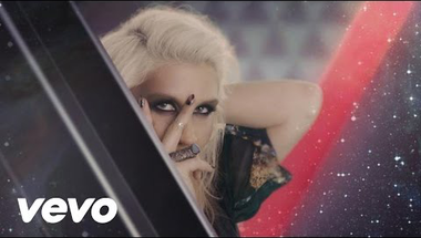 Ke$ha - Die Young     ♪