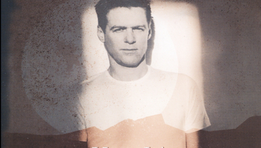Bryan Adams - Here I Am     ♪