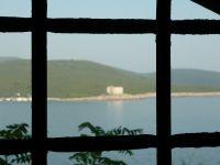 Az Arza torony a Mamula erődből