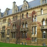 Ködös Albion: Oxford