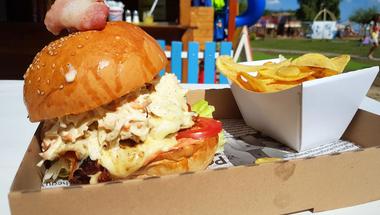 A legújabb burgerlelőhely Vonyarcon: Partot értél