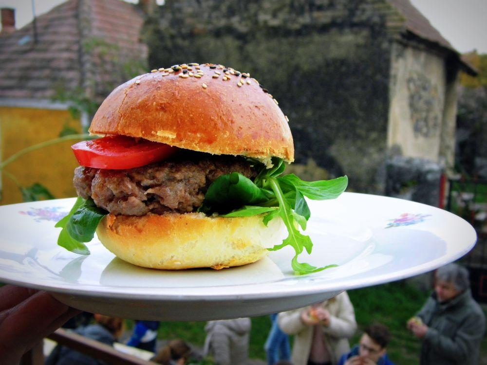 Street food parti a Szent György-hegy lábánál