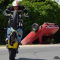 Motoros bemutató és baleset-szimuláció Ikerváron