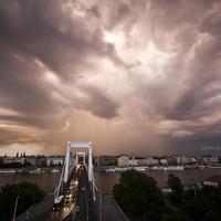 Zsuzzzs fotói a tegnapi budapesti felhőszakadásokról - NAGYKÉPES