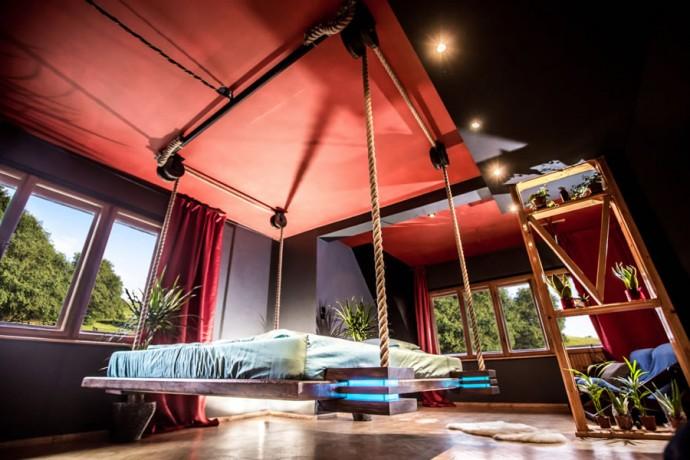 hanging-bed-designed-by-wiktor-jazwiec-bottom.jpg