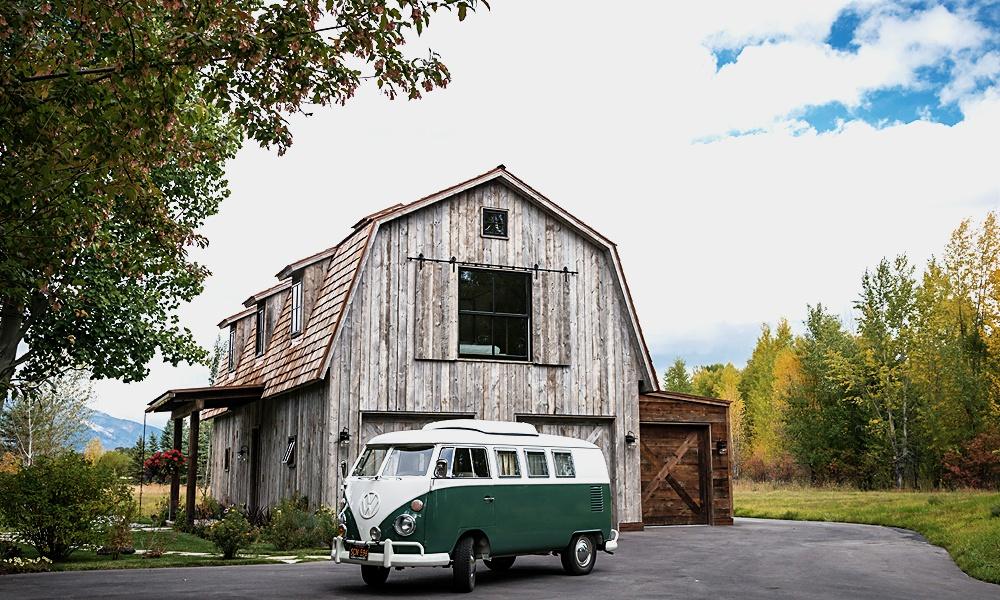 rustic_barn1.jpg