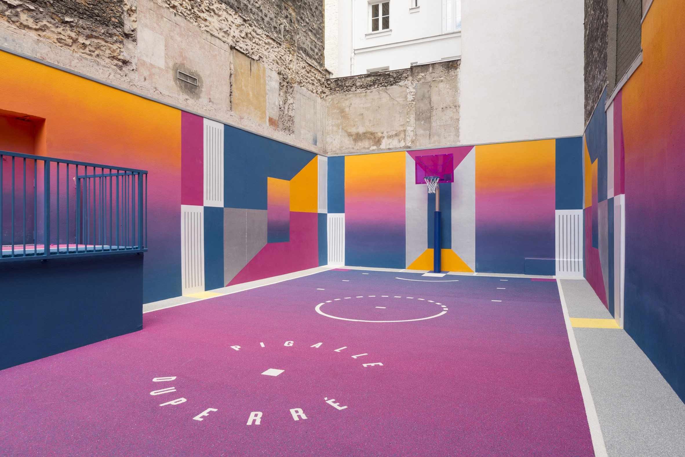 basket-court-pigalle-studio-architecture-public-leisure-paris-france-_dezeen_2364_col_3.jpg