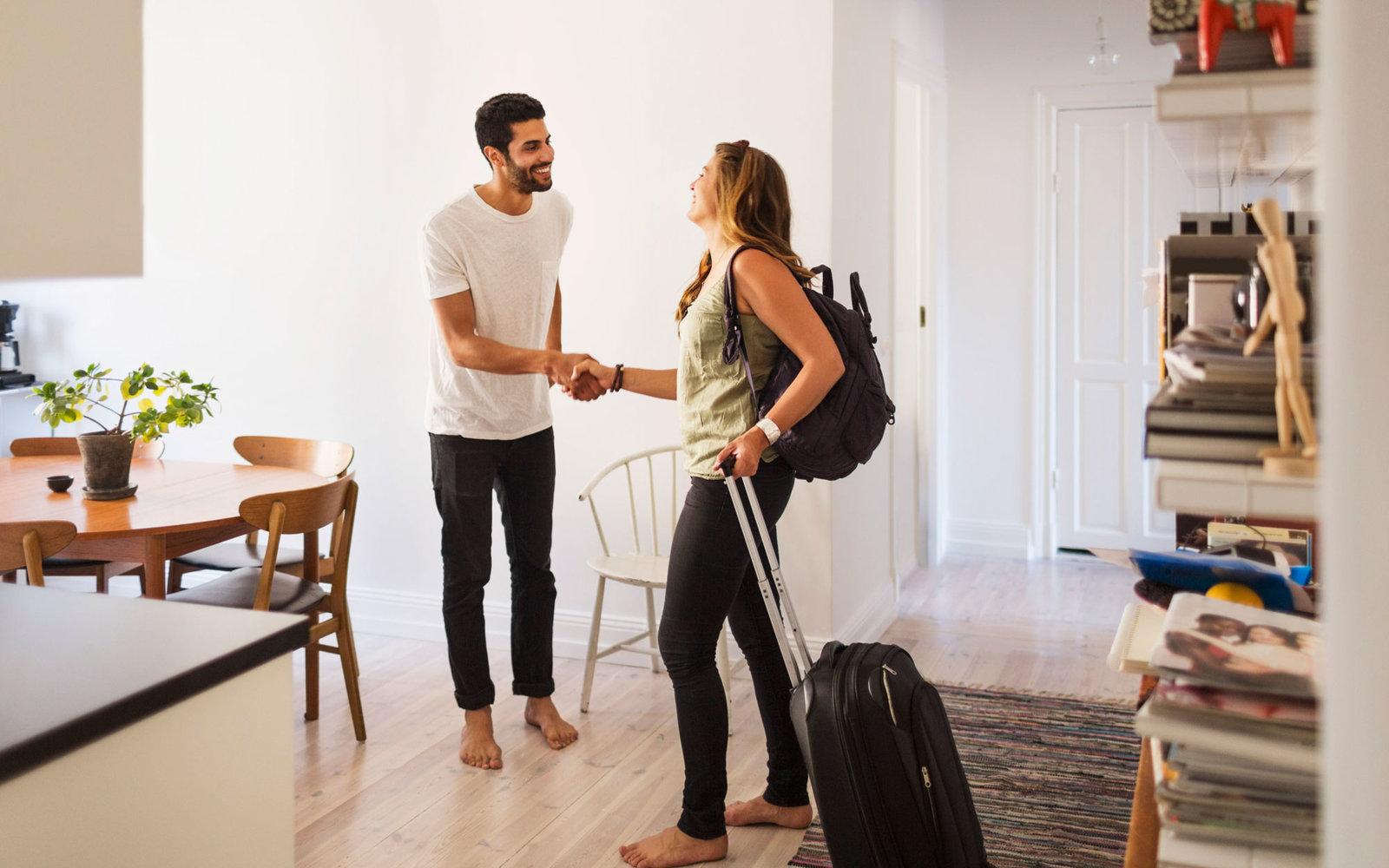 airbnb-etiquette-tips0316.jpg